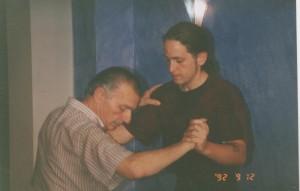 Antonio Todaro mit Ralf Sartori bei der Choreographie-Arbeit im Estudio Sudamerica, Berlin 1992