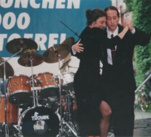 Tango-Show auf einem Street-Life-Festival in München mit Ralf Sartori und Mariejo Reyes