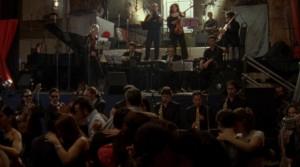 Milonga-Szene im La Catedral, Filmbild aus 12 Tangos