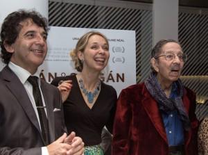 Horacio und César Salgán mit der Filmemacherin Caroline Neal